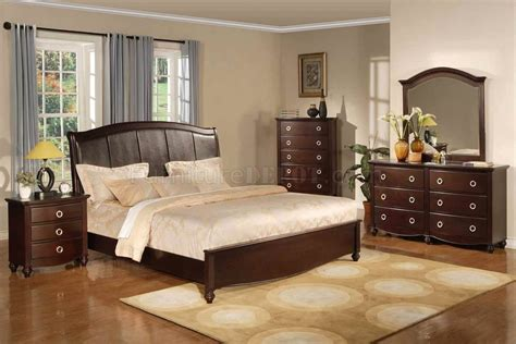 brown transitional bedroom set w faux leather headboard