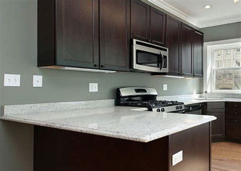 paint colors to go with gray cabinets what color paint goes with cherry wood cabinets google