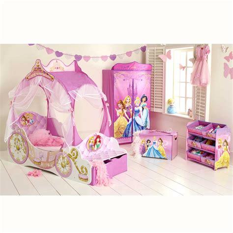 accessoire chambre accessoire deco chambre bebe chambre enfant le roi