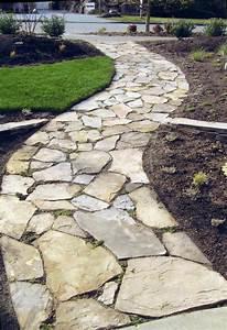 decoration jardin gravier With superior allee de jardin en galet 12 jardin moderne avec du gravier decoratif galets et plantes