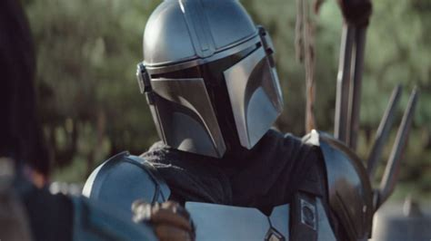 The Mandalorian season 2 first look features Baby Yoda and ...