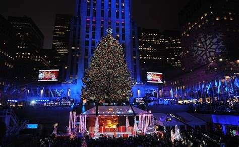 rockefeller center tree lighting 2015 from lights to zombies check out the