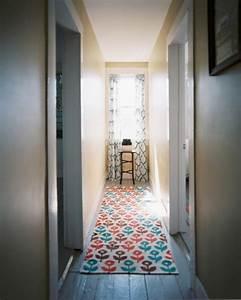 le tapis de couloir moderne 20 idees design With tapis de couloir avec canapé contemporain design