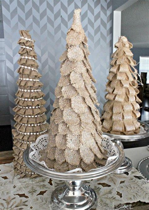 rustic love  burlap christmas decor ideas digsdigs