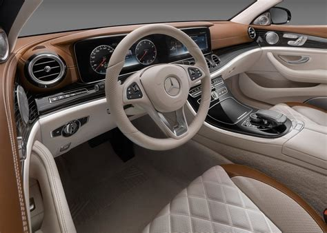 mercedes benz  coming    class