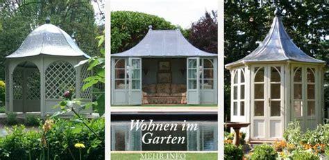 Mein Garten Mit Schönen Brunnen, Gartenhäusern, Outdoor
