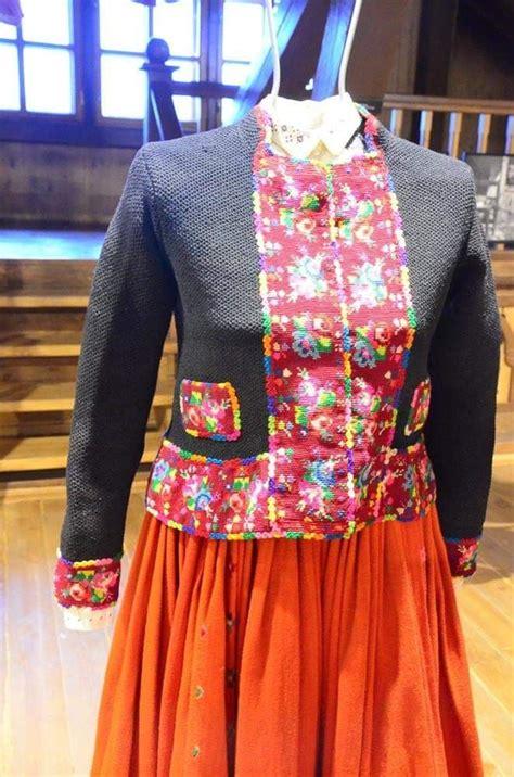 Latviešu tautas tērps- etnogrāfiskais image by Inese ...