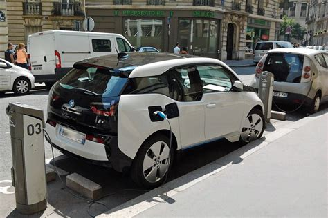 Total Electric Cars by Total Planning To Add Ev Charging Stations To Its Petrol