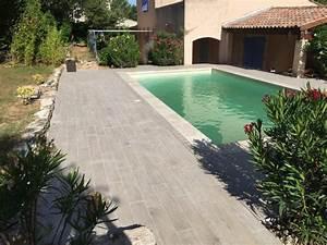 Carrelage Terrasse Piscine : terrasse imitation parquet margelles de piscine en ~ Premium-room.com Idées de Décoration