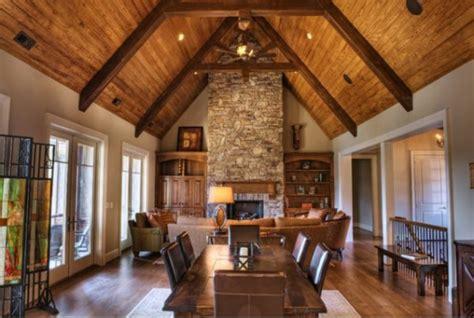 Alte Holzbalken Und Steinwände Garantieren Eine Warme