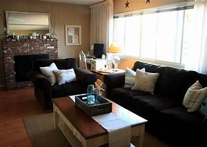 what color should i paint my living room with brown With black furniture living room ideas