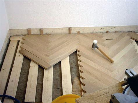 Fußboden Unterkonstruktion Holz by Fu 223 Boden Im Altbau 246 Kologisch Sanieren