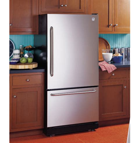ge profile  cu ft bottom freezer refrigerator  freezer compartment drawer