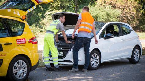auto bewerten adac autoklub schutzbrief oder mobilit 228 tsgarantie so sparen