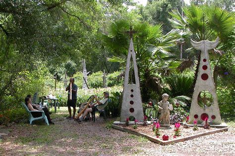 Art Gallery Gardens The Daylilies Of Ludlow Lambertson