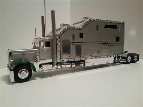 model semi trucks scale 1 25 peterbilt 359 large car scale auto magazine