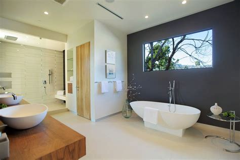 Classy And Pleasing Modern Bathroom Design Ideas