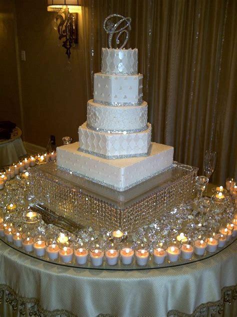 stunning wedding cake table skirt d 233 cor ideas decozilla
