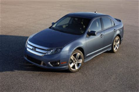 2010 ford fusion to hybrid or to sport that is the question