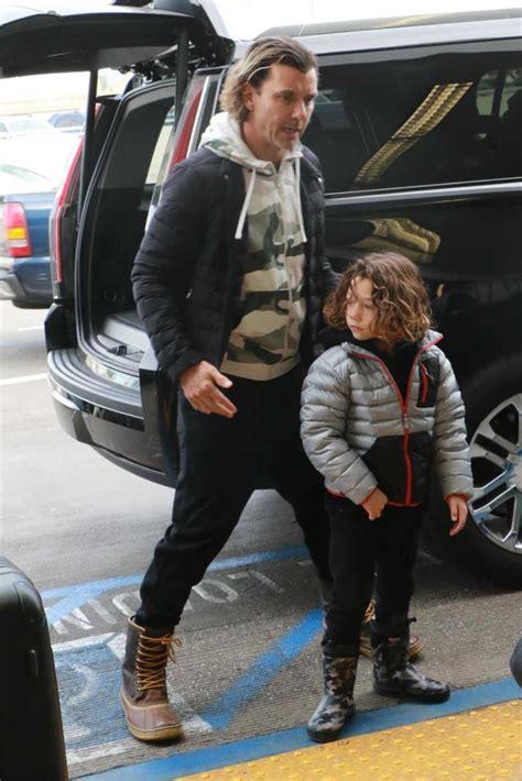 gavin rossdale    kids arrives  lax airport