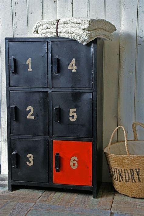 armoire metallique chambre 1000 idées sur le thème armoire vestiaire sur