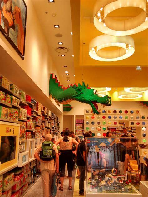 La Boutique Lego Store Vu Par Disneyland Paris Bons Plans
