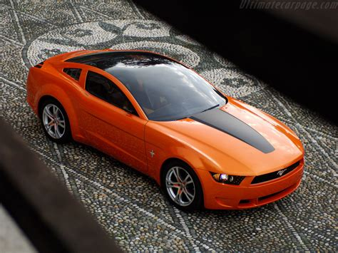 Ford Mustang Giugiaro Concept High Resolution Image 3 Of 12