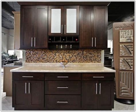 home depot kitchen furniture best 25 home depot white kitchen cabinets