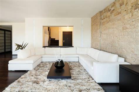 Steine Für Wohnzimmerwand by Steinwand Wohnzimmer Eine Gehobene Und Stilvolle Einrichtung