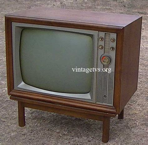 Cabinet Repair Los Angeles by Antique Magnavox Tv Best 2000 Antique Decor Ideas