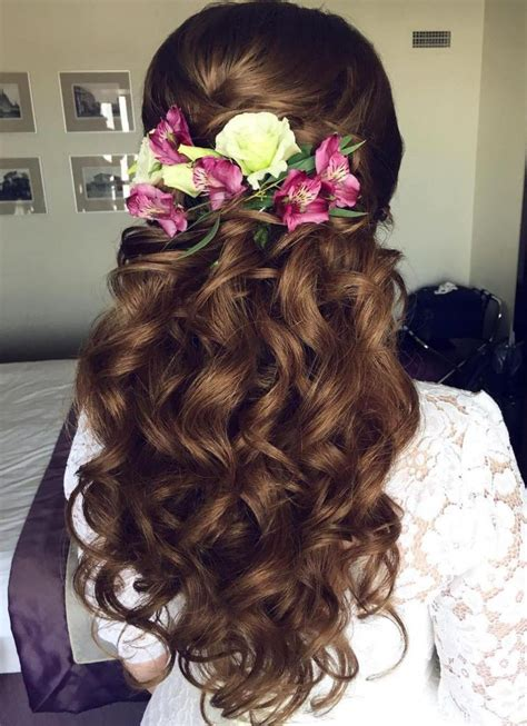 Wedding Half Updo Hairstyles by Best 25 Wedding Half Updo Ideas On Bridal