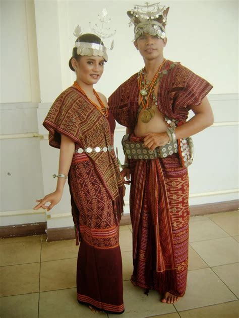 fashion pakaian adat nusantara