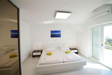 klimaanlage für schlafzimmer appartments auf hvar direkt am meer mit klimaanlage wlan