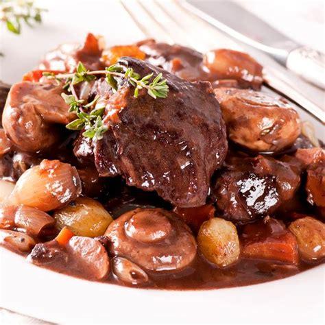 cuisiner un bourguignon recette boeuf bourguignon facile et rapide