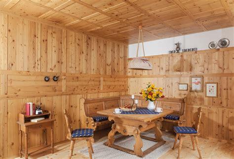 Wandverkleidungen  Decker Holz