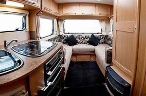 Elddis Autoquest 145 Luxury 4 Berth Motorhome