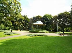 Bandstand in Maurice Lea Memorial Park © Jonathan ...