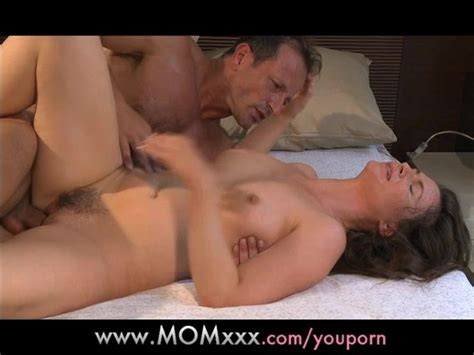Mom Mature Women In The Throws Of Orgasm Free Porn