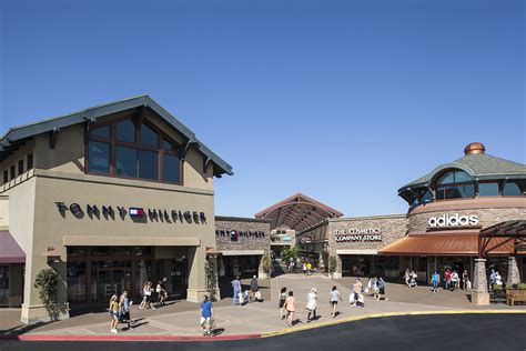 Nike Outlet Woodburn by Woodburn Premium Outlets In Woodburn Or Whitepages