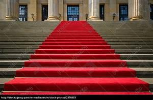 Roter Teppich Kaufen : roter teppich gendarmenmarkt berlin lizenzfreies bild 2376893 bildagentur panthermedia ~ Markanthonyermac.com Haus und Dekorationen