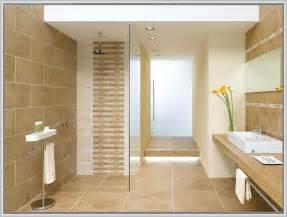 fliesen fürs badezimmer bilder badezimmer fliesen braun beige gispatcher