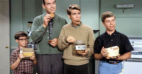 The history of 'My Three Sons' in 7 incredible numbers