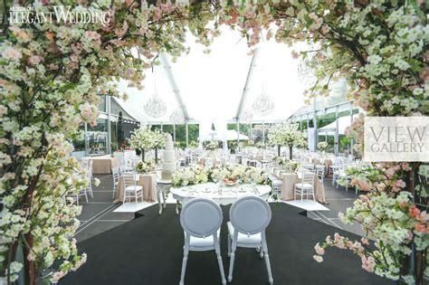 luxurious garden wedding  casa loma elegantweddingca