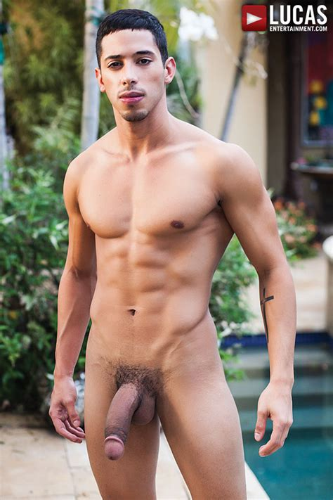 Drae Axtell Takes A Raw Fucking From Pedro Andreas At