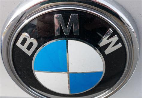 bmw logo isnt shrouded  mystery  misunderstanding