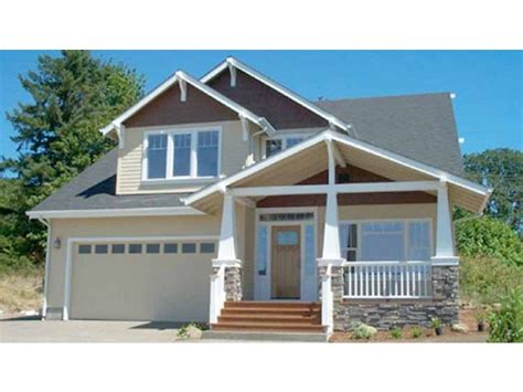 craftsman house plan   square feet   bedrooms  dream home source house plan