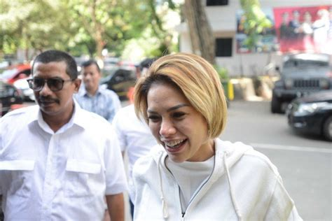 Salahkan Diri Sendiri Nikita Mirzani Beberkan Alasan