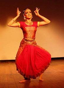 42 best images about Dance costume on Pinterest   Anamika ...