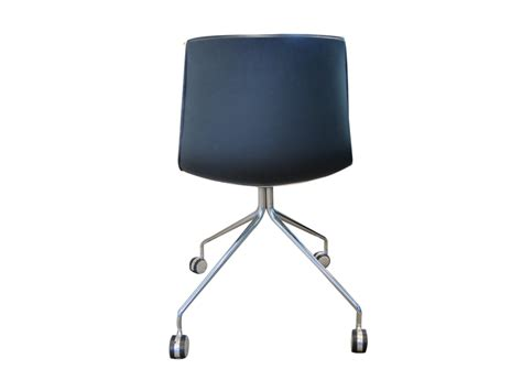 chaise de bureau occasion chaise design arper catifa 46 adopte un bureau
