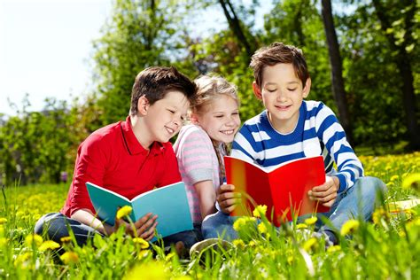 Keep Kids Reading This Summer  Family Fun Calgary